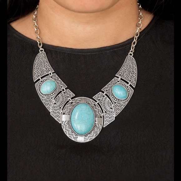 J68 Turquoise necklace